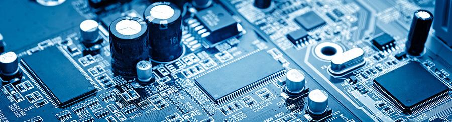 Печатная плата с микропроцессорными устройствами